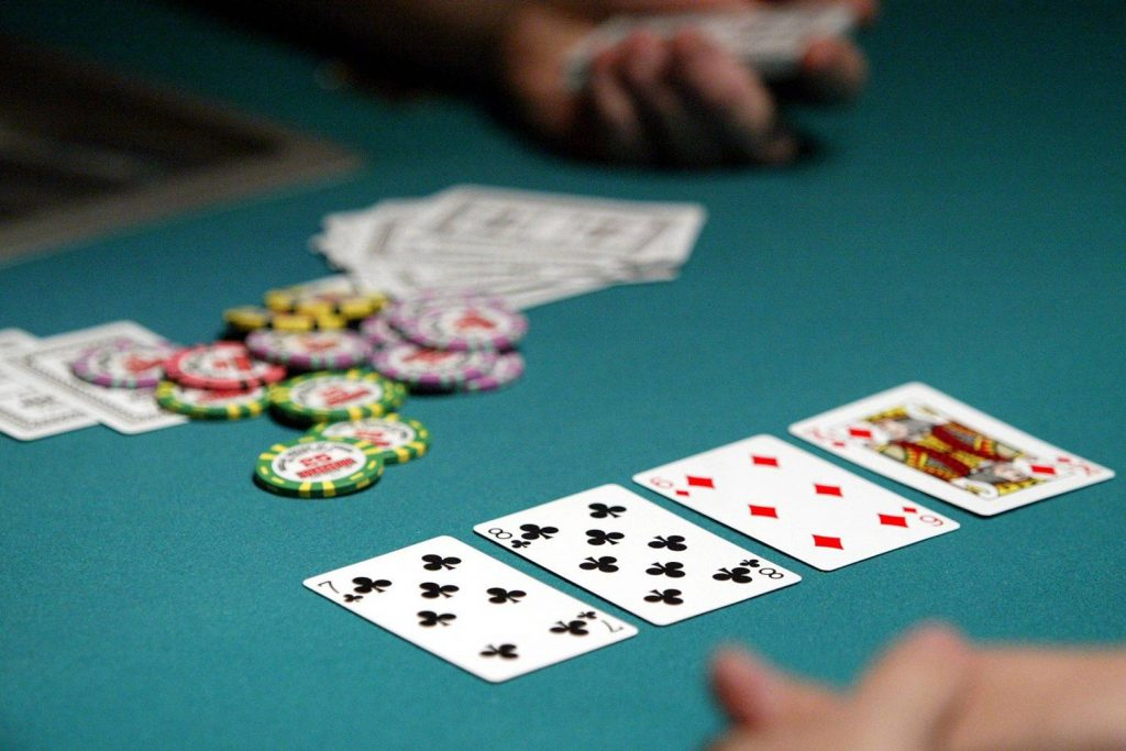 Gambling Games - Why You Should Play Them Online
